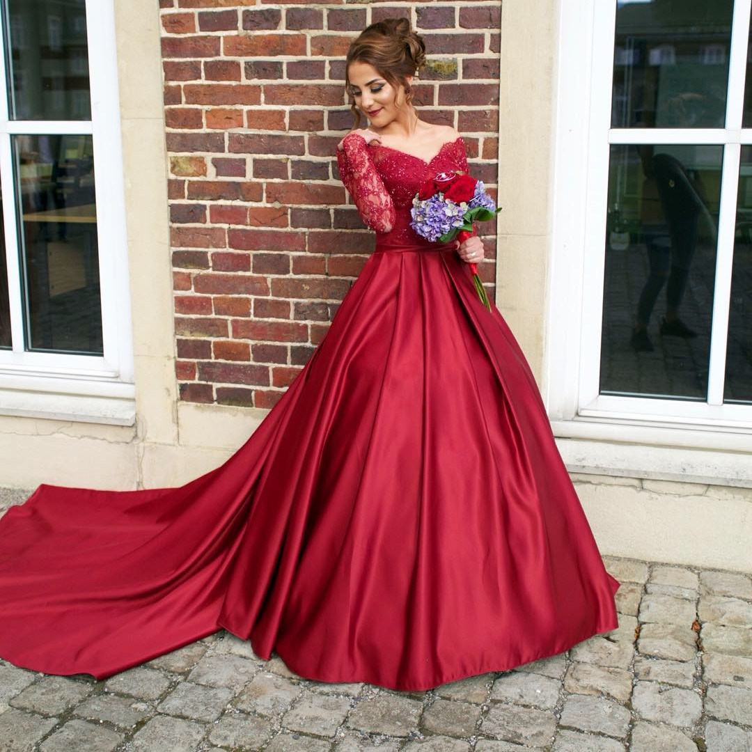 Burgundy Prom Dresses 2017 Long Sleeves A Line Long Prom